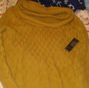 Sweaters - Gnw sweater with tAgs